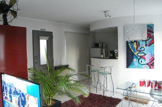 Modigliani Art & Design Suites Mendoza: Mi habitación......Muy comoda, excelente lugar!