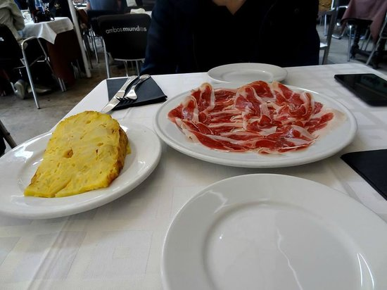 Restaurante Ambos Mundos : Tortilla et jambon ibérique