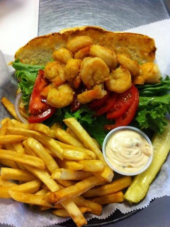 Blue Roof Grille: Shrimp PoBoy