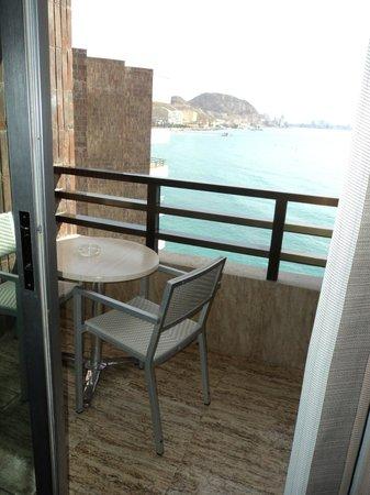 Hotel Spa Porta Maris & Suites del Mar : Balcón habitación vista mar