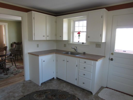 Shore Hills Campground: Kitchen of rental home available