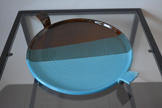 Learn to Throw on the Potter's Wheel Day Courses @ Alex Allpress Pottery School: Thrown Platter or Plate by Alex Allpress Ceramics