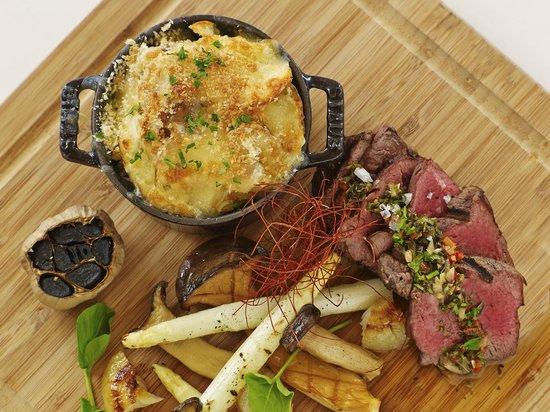 Plato's Restaurant: Harris Ranch Hanger Steak