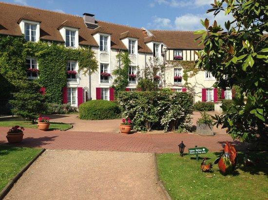 Le Manoir De Gressy : Jardin