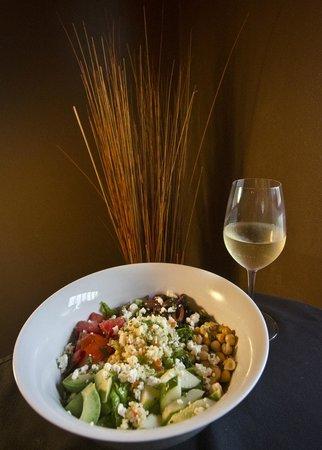 Salud Bistro: Chopped Salad Entree
