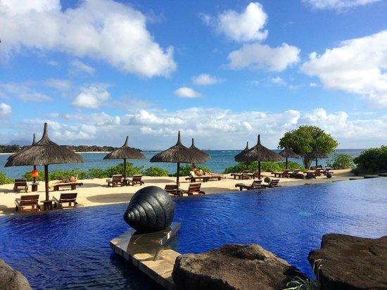 The Oberoi, Mauritius: Adult pool and beach
