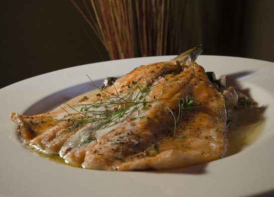 Salud Bistro: Baked Fresh Ruby Red Trout