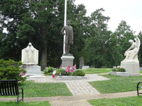 Hollywood Cemetery: Confederate President Jefferson Davis