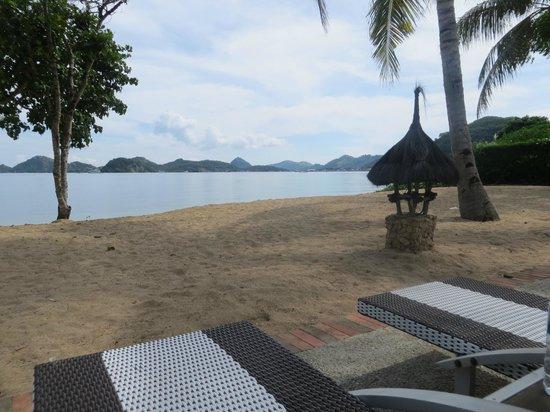 Bintang Flores Hotel: Der Hotelstrand