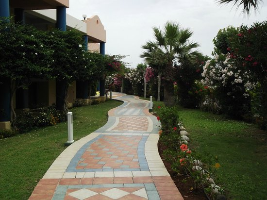 Atrium Palace Thalasso Spa Resort & Villas : Grounds 2