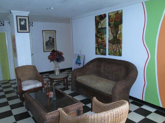 Hotel Pueblito Playa: Lobby