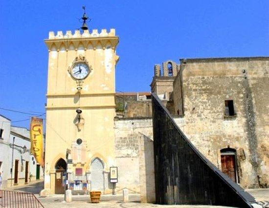 Avetrana, إيطاليا: L'Orologio di Avetrana