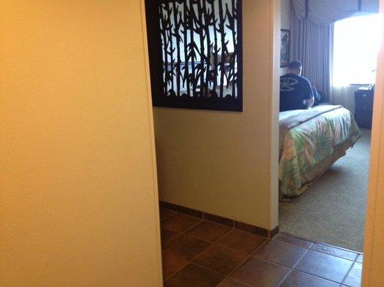 Loews Royal Pacific Resort at Universal Orlando: Room