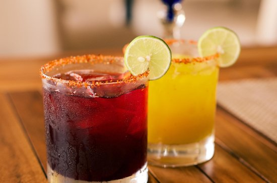 Vista Grill On The Beach: Summer time refreshments with a hibiscus margarita