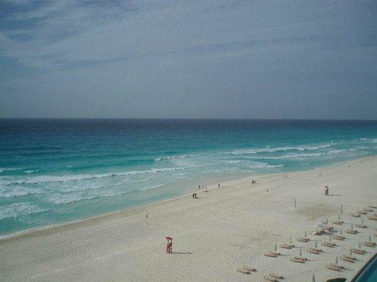 The Westin Lagunamar Ocean Resort: Caribbean Sea and beautiful beach