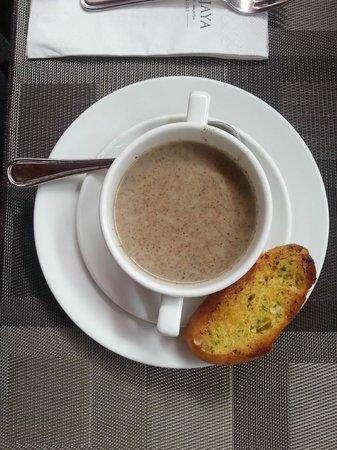 Berjaya Langkawi Resort - Malaysia : Грибной суп из меню