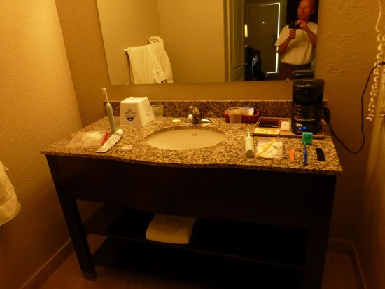 Red Ledges Inn: Vanity