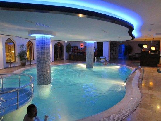 Suhan Cappadocia Hotel & Spa: Piscina interna aquecida - paga