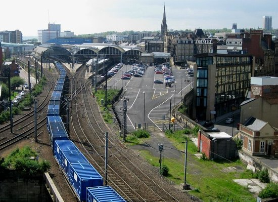 Newcastle Castle : Freight Train entering Newcastle Central Station