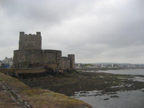 Carrickfergus Castle: Waterside