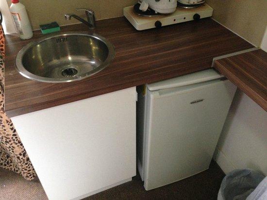 Knaresborough Place Short Stay Apartments: Kitchen