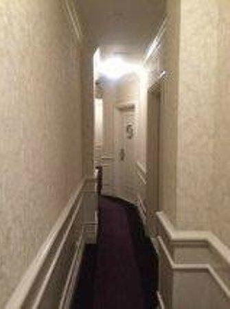 Hotel Belleclaire: Hallway