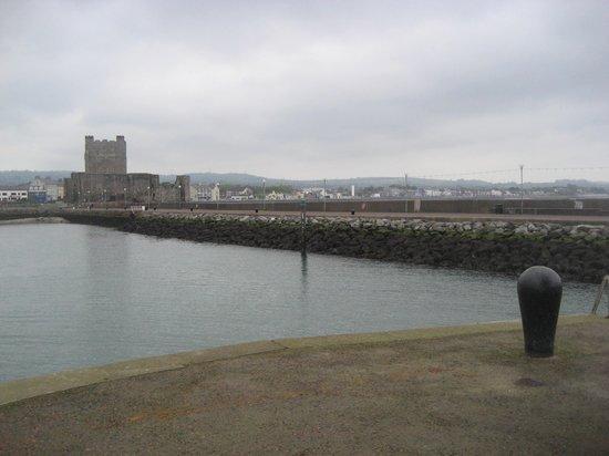 Carrickfergus Castle: Pier