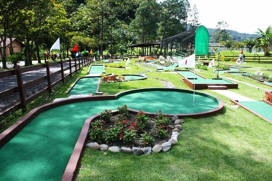 Valle Escondido Resort Golf & Spa : Mini Golf