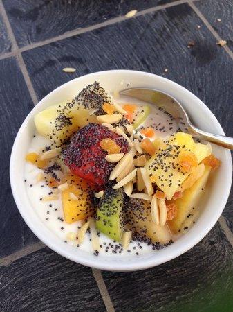 Kameha Grand : Dessert bij het ontbijt