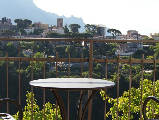 La Margherita Villa Giuseppina: From our terrace to Ravello
