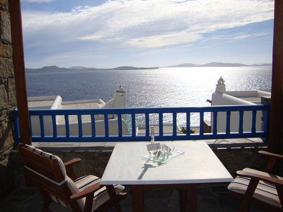 Mykonos Grand Hotel & Resort: la vue de la chambre