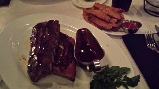 West Side Steakhouse : the ribs!