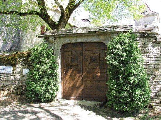 Chambres d'hotes Clos du Mas de Bastide : portail entrée