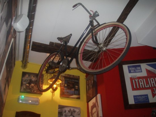 La Fattoria : how many restaurants have a bike on the wall