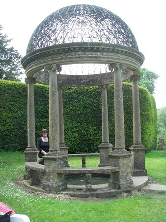 Forde Abbey & Gardens: The Pavilion