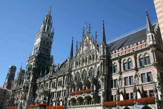 Marienplatz: Ратуша вид 2