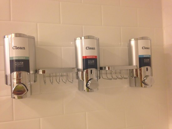 Four Points by Sheraton Charleston: Cool shower dispensers