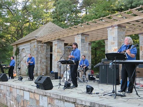Bird Park: Live summer concerts in the park