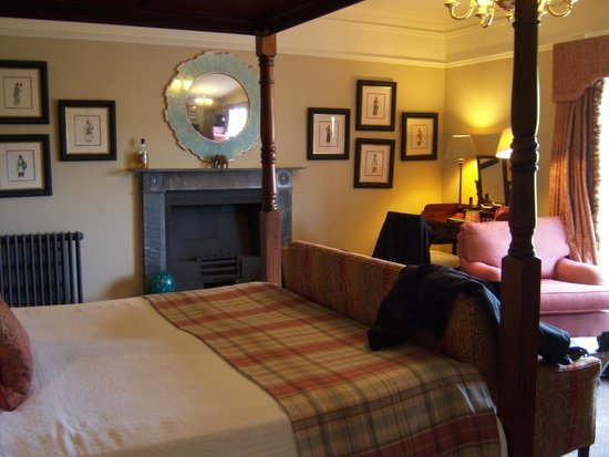 Ballynahinch Castle Hotel : Our room