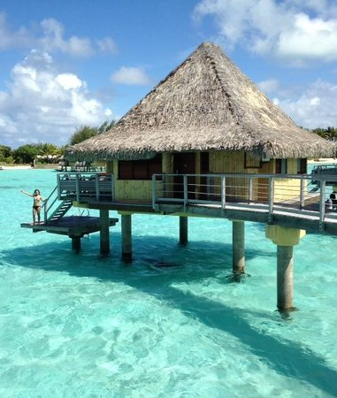 InterContinental Bora Bora Le Moana Resort: Our hut!  In the middle of the lagoon #31