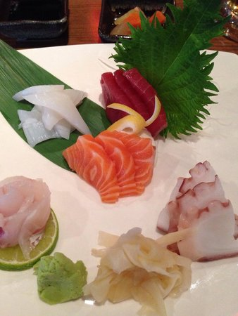 Etsu Japanese Restaurant : Sashimi Mix