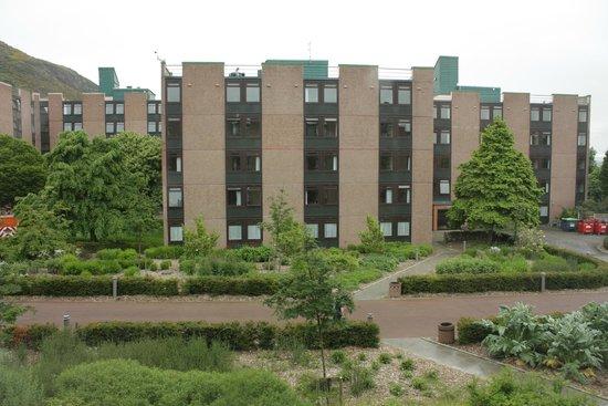 Pollock Halls - Edinburgh First: один из жилых корпусов корпуса