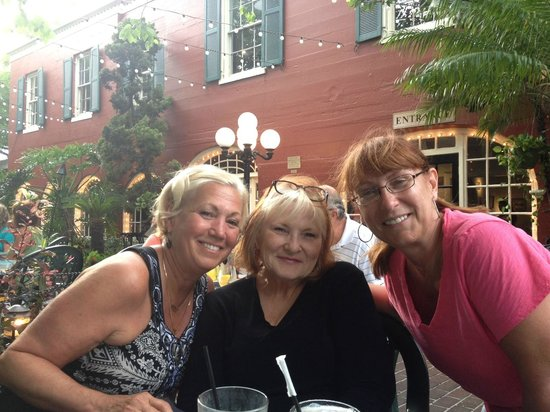 Harry's Seafood Bar and Grille : Dinner with friends @ Harry's Seafood