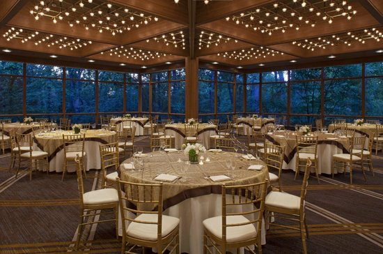 The Hyatt Lodge at McDonald's Campus : Grand Oaks Pavillion