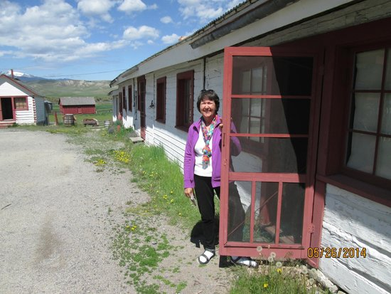 Grant-Kohrs Ranch - National Historic Site : The bunkhouse where the cowboys lived.
