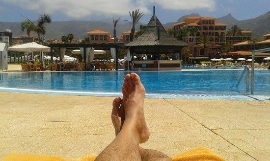 Iberostar Anthelia: relax en la piscina