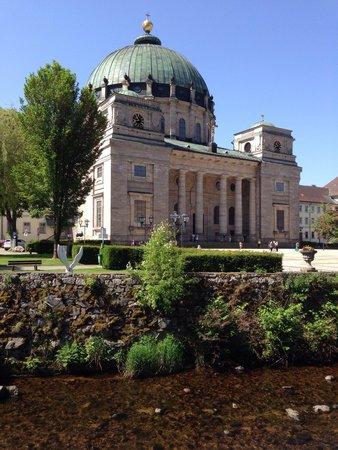 Dom St. Blasien: Dom Aussenansicht.