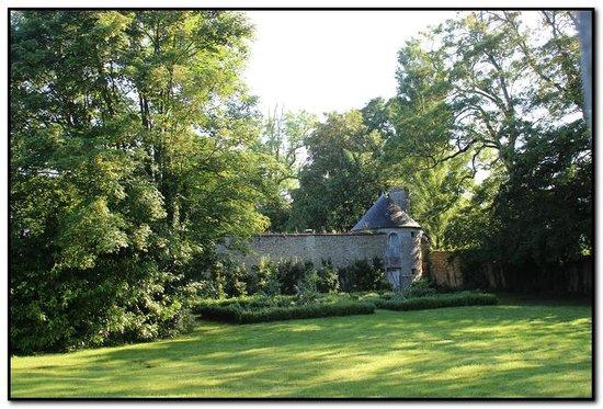 Chateau de Damigny : Vue de la chambre