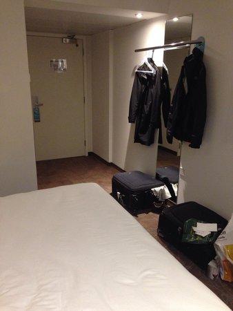 "Motel One Edinburgh-Princes : Room 340: ""lack"" of furniture and no closet"