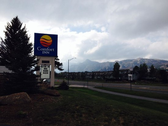 Comfort Inn Estes Park: Surrounding mountains just your doorstep